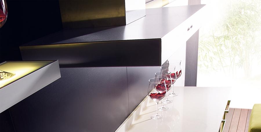 plan de travail en composite elegant plan de travail quartz gris avec cuisine en composite. Black Bedroom Furniture Sets. Home Design Ideas